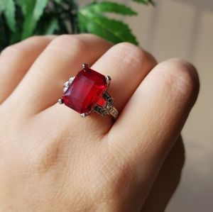 Red silver ring with stamp